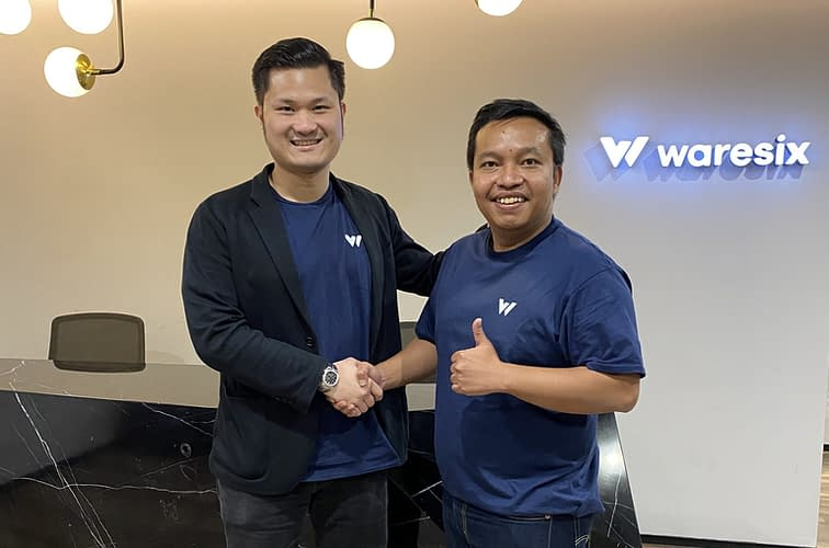 Andree Susanto, CEO and co-founder of Waresix, left, with Ady Bangun, CEO and co-founder of Trukita